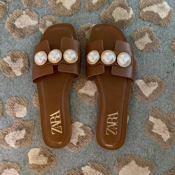 Zara Pearl Slides 7